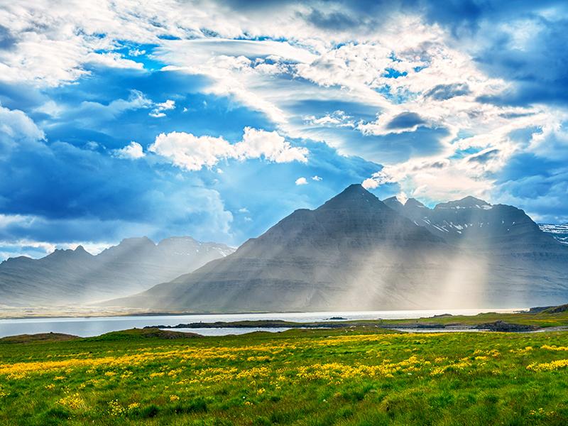 BILFERIE PÅ ISLAND_Komplett bilferie rundt Island med Din Islandsreise_Opplev de vakre Vestfjordene på bilferie med Din Islandsreise © Din Islandsreise