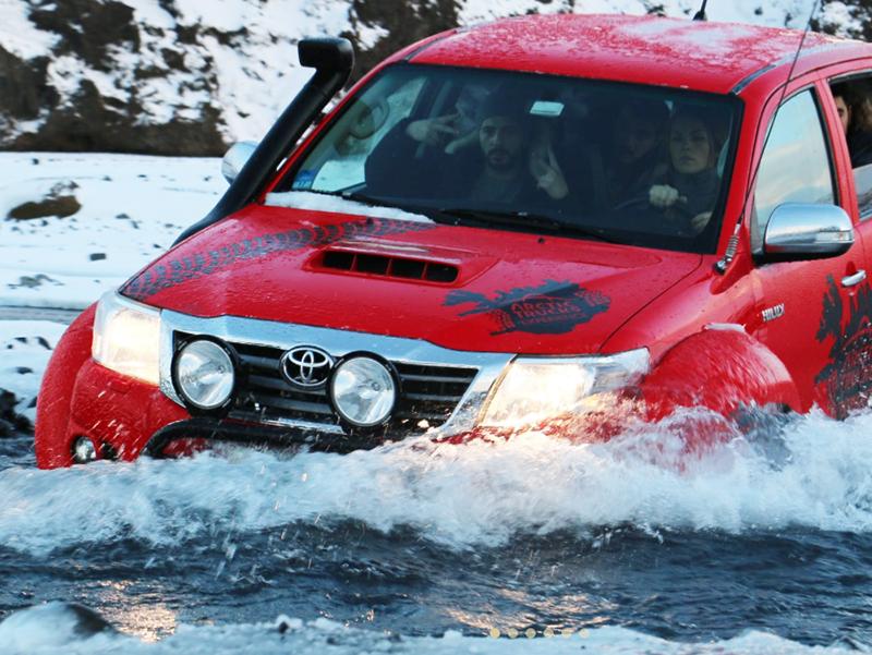 SUPER JEEP TURER PÅ ISLAND_Self Drive Super Jeep tur på Island med Din Islandsreise © Din Islandsreise