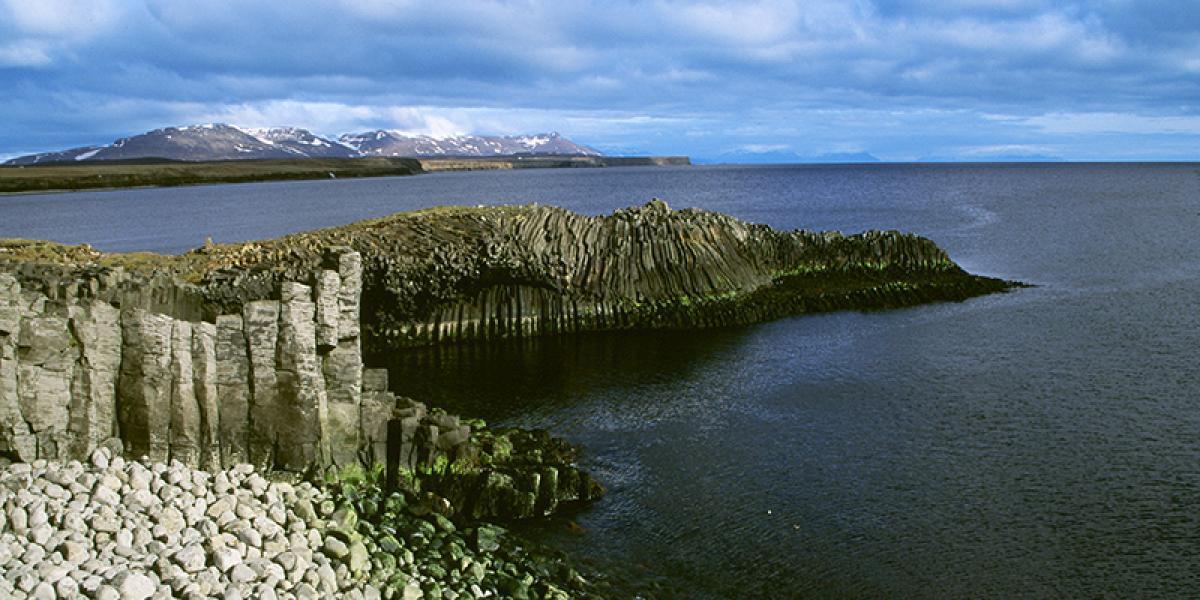 BILFERIE PÅ ISLAND_Kjør Selv ferie rundt Island_Den flotte Skagaströnd © Din Islandsreise