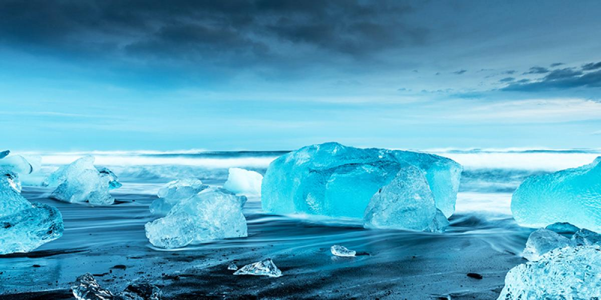 BILFERIE PÅ ISLAND_Kjør Selv ferie rundt Island_Den flotte isbrelagunen Jökulsárlón © Din Islandsreise