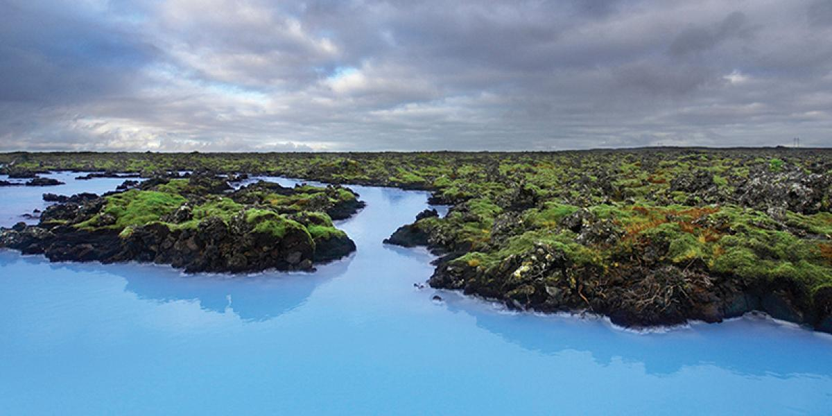 BILFERIE PÅ ISLAND_Kjør til en islandsk Geysir_Den flotte Blå Lagune © Din Islandsreise