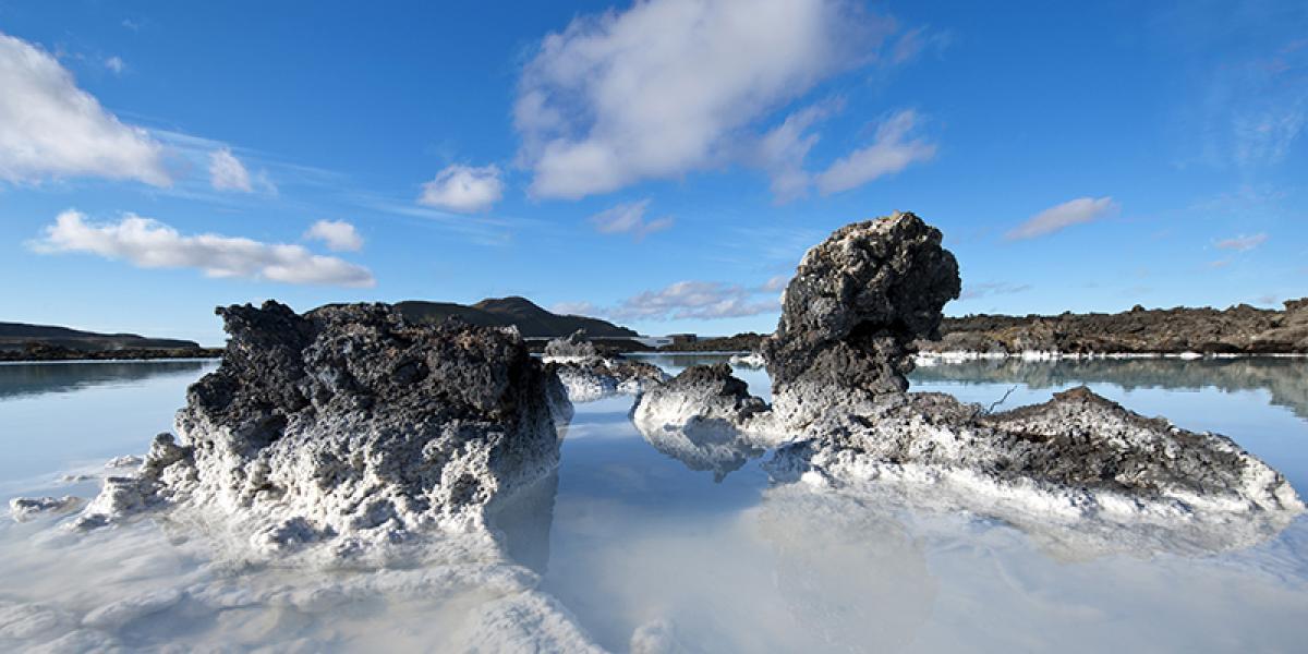 BilFERIE PÅ ISLAND_Komplett bilferie på Island_Den Blå Lagune på Island © Din Islandsreise