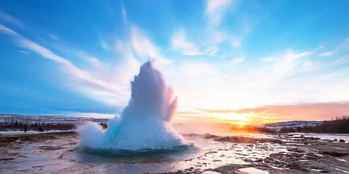 JUL OG NYTTÅR PÅ ISLAND_Juletur til Island_Geysir på vinterstid © Din Islandsreise