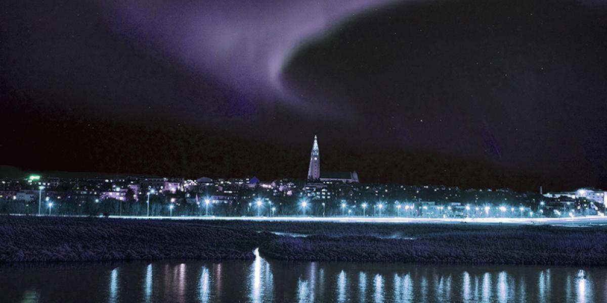 JULEBORD PÅ ISLAND_Julebord på Island_Spennende julebord i Reykjavik_Opplev julebord i hovedstaden Reykjavik © Din Islandsreise