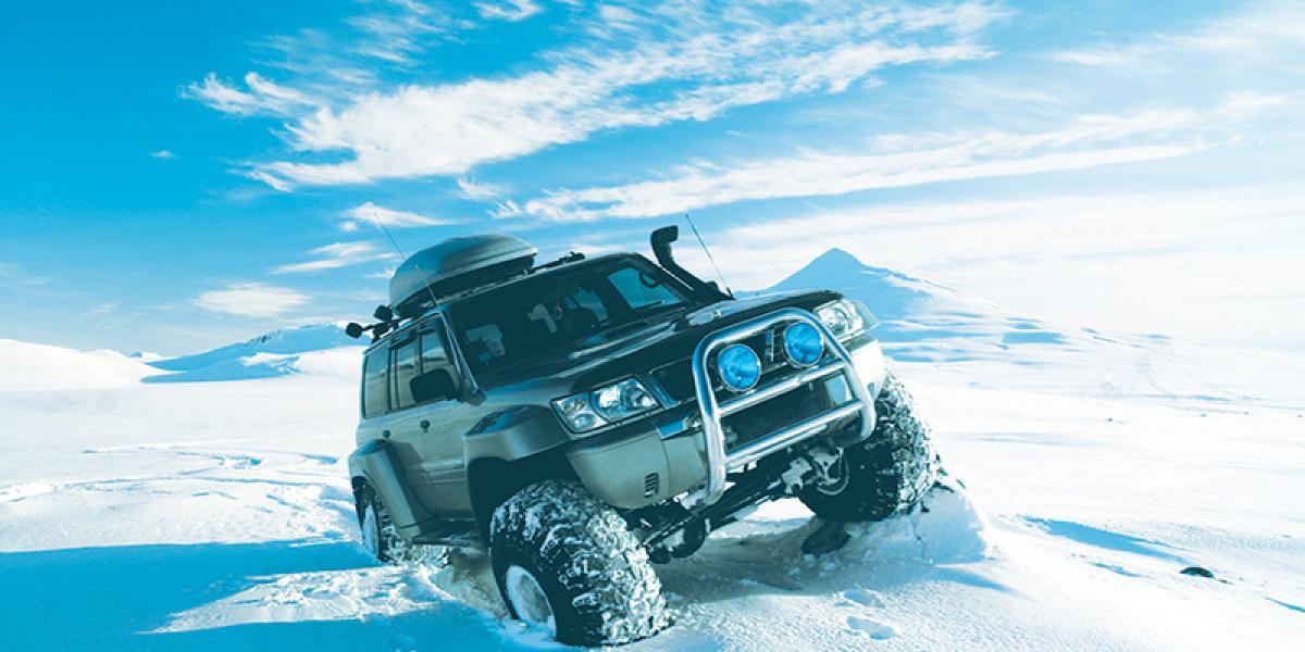 KONFERANSE PÅ ISLAND_Konferanse i Den Blå Lagune på Island_Flotte konferanse i Den Blå Lagune på Island med spennende Super Jeep tur © Din Islandsreise